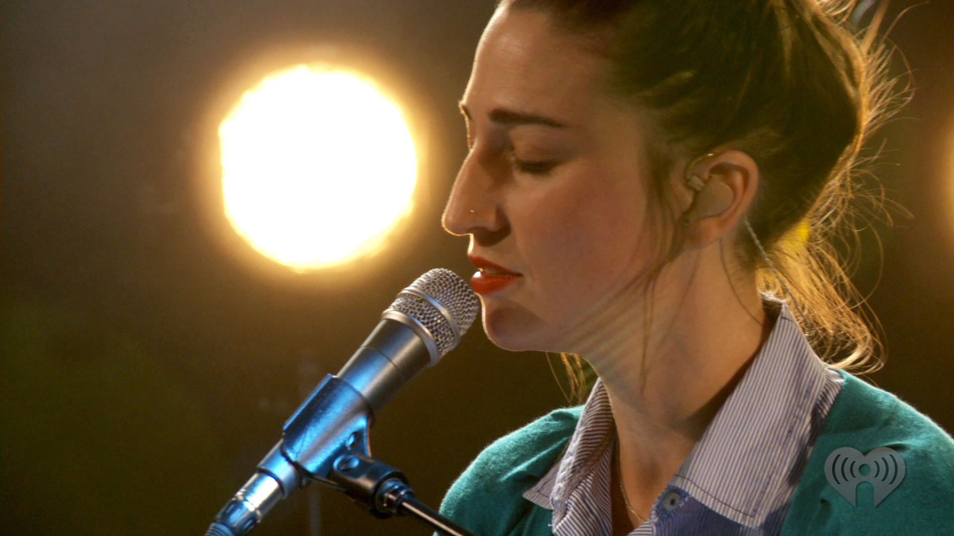 sarabareilles_yellow7