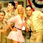 Christina_Aguilera-Candyman_55